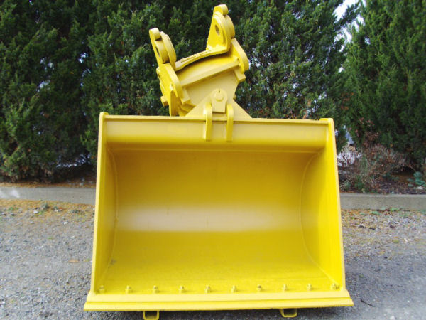 Bodine Mfg. Tilt Bucket Equipment